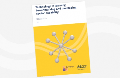 SYNTHESIS REPORT Technology in learning benchmarking and developing sector capability